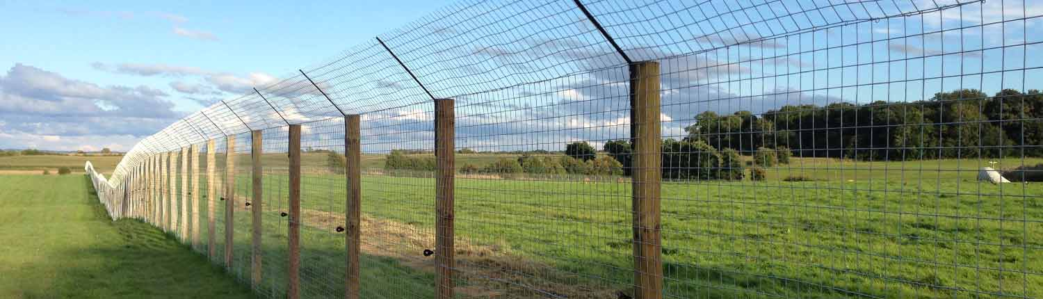 Suddenstrike Pest Control Cheshire | Domestic, Commercial, Agricultural | Fence
